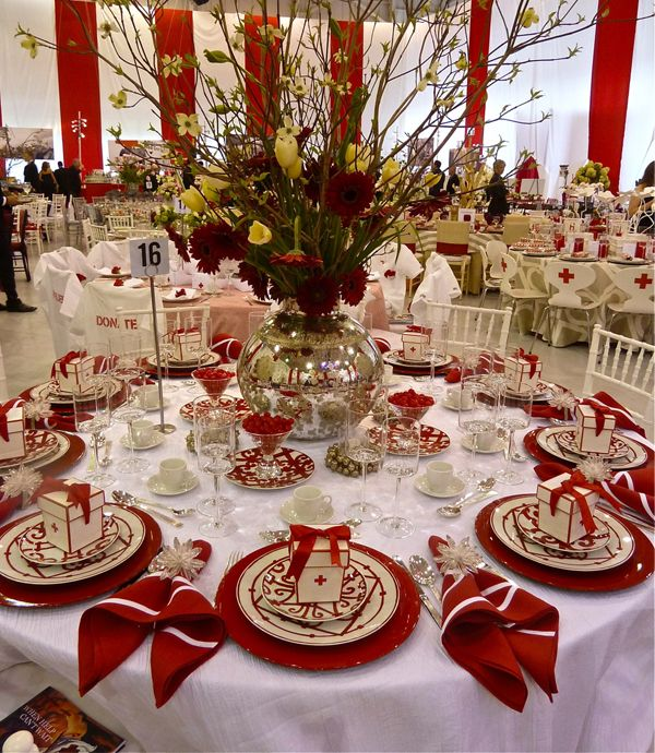 Hoaglands table, Red Cross 2012 Red & White Ball, Hermès Balcon du Guadalquivir