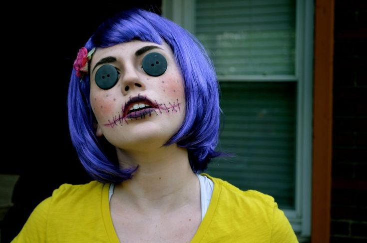 Scary doll makeup. OMG this is amazing! Love the button eyes a la Coraline.