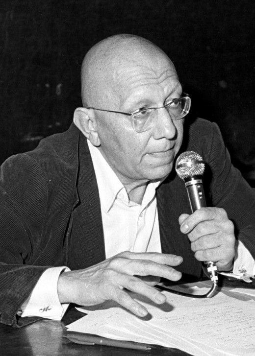 Φωτογραφία αρχείου από ομιλία του Κορνήλιου Καστοριάδη στην ΑΟΣΕΕ.