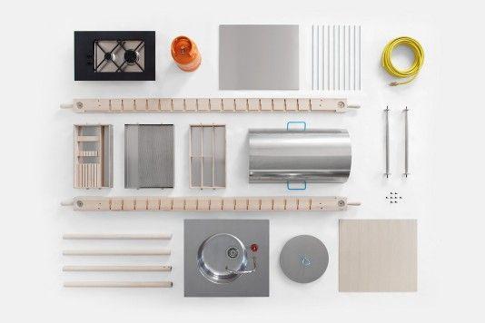 Designerin Elia Mangia hat mit «Critter» eine mobile, da zerlegbare, Küchenwerkbank entworfen – ohne feste Einbauten, einfach abbaubar; ideal für moderne Nomaden. Skitsch
