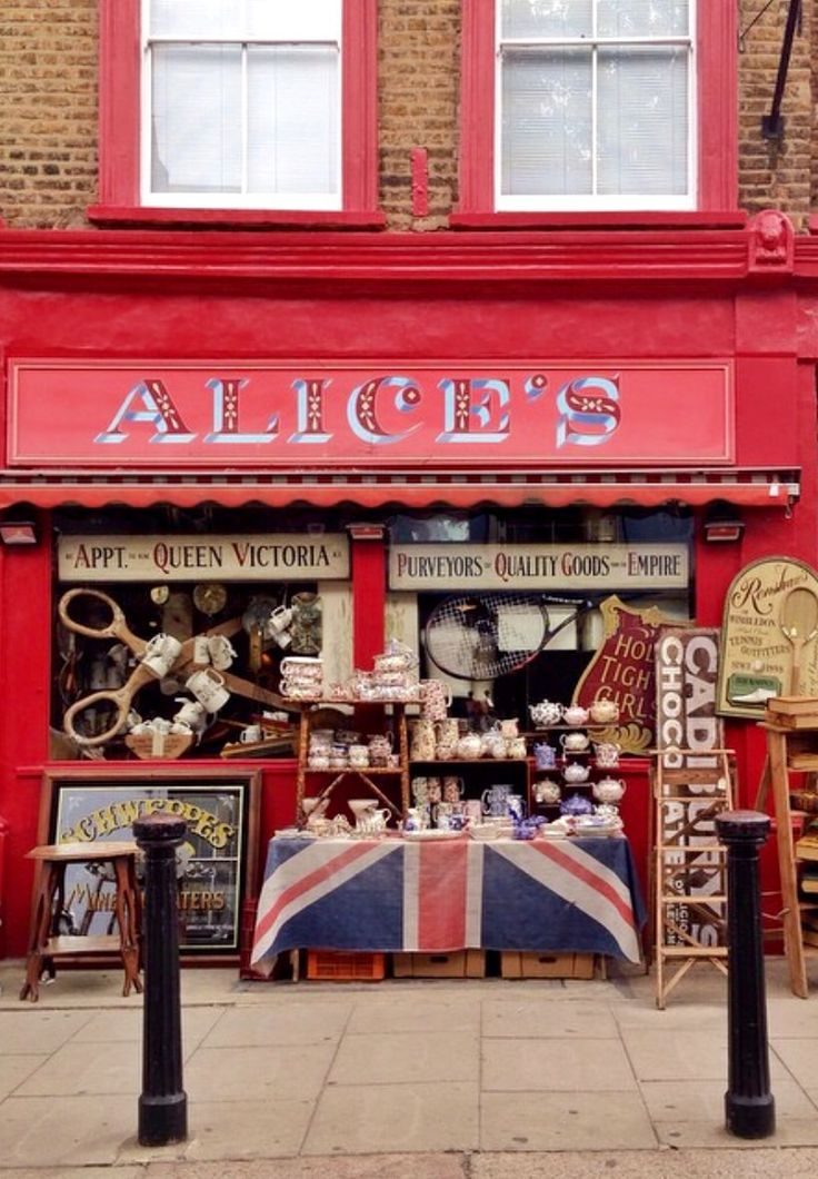 Alice's Antiques - Notting Hill, London, England