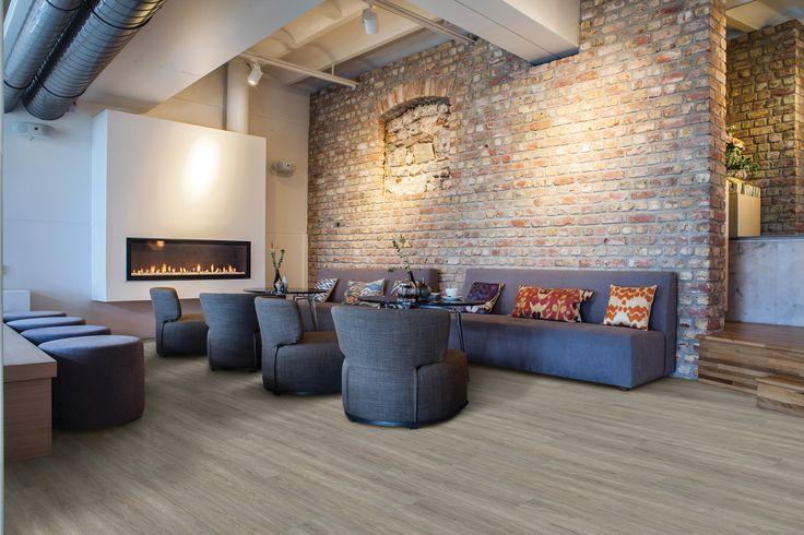 De COREtec Original vloeren zijn een revolutie in de markt van PVC. De makkelijke COREtec vloer is een alternatief voor uw laminaat, vinyl of plak-PVC vloer