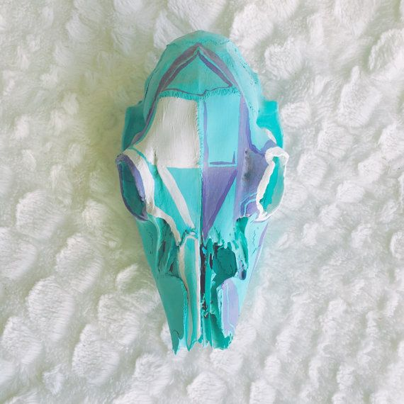 Painted Deer Skull   #deerskull #animalskull #skull #painteddeerskull #paintedskull #southwestern #tribal #boho #unique #art #minimalist #teal #mint #paintedanimalskull #handpainted #decor #homedecor #etsy