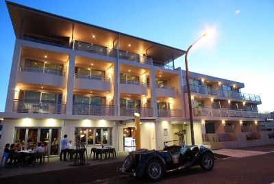 The Crown Hotel, Napier