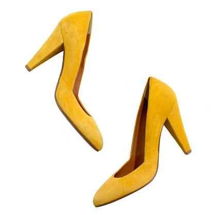 Yellow suede pumps.: Shoes, Fashion, Style, Suede Pumps, Yellow Suede, Madewell, Noir Pump, Film Noir