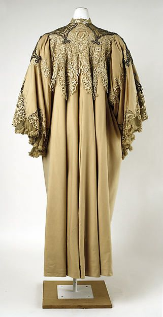 Evening coat Design House: House of Worth (French, 1858–1956) Date: ca. 1905 Culture: French Medium: wool, silk, cotton, rhinestones, metallic thread Dimensions: Length at CB: 51 in. (129.5 cm)