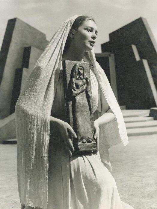 Anna Synodinou, Iphigenia in Tauris / Ιφιγένεια η εν Ταύροις (1958)