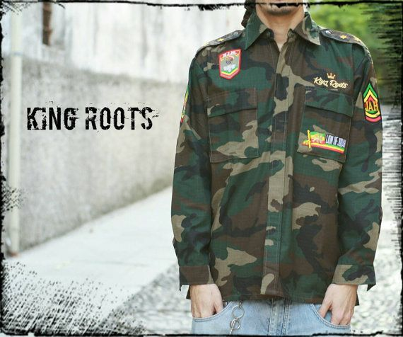 Ehi, ho trovato questa fantastica inserzione di Etsy su https://www.etsy.com/it/listing/487357139/rasta-shirt-camicia-militare-camouflage
