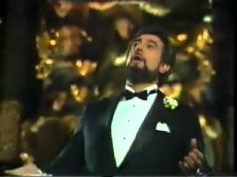 Classic Christmas Songs - Julie Andrews, Placido Domingo & John Denver