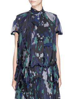 Sacai | Digital camouflage print plissé pleated top | Lane Crawford - Shop Designer Brands Online