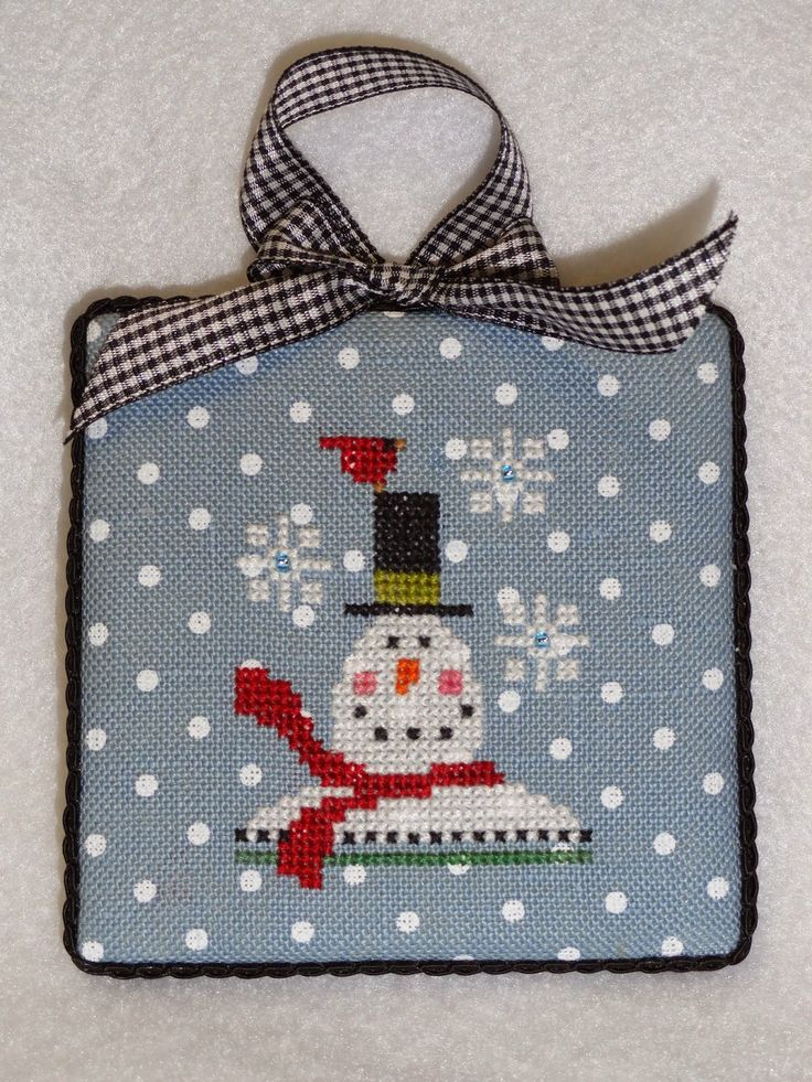 The World's Largest Collection of Smalls TOO: TINY TIDINGS XIX: CELEBRATE, SANTA'S HELPER, SANTA KNOWS, AND SNOW BIRD