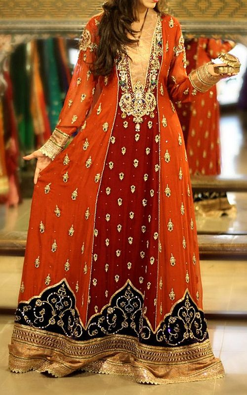 Buy Fashionable Pakistani Clothes Online