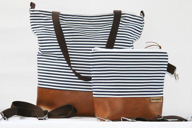 Umhängetaschen - Wickeltasche / Kinderwagentasche - Maritiem - ein Designerstück von Bowleanies-Haekelmuetzen bei DaWanda