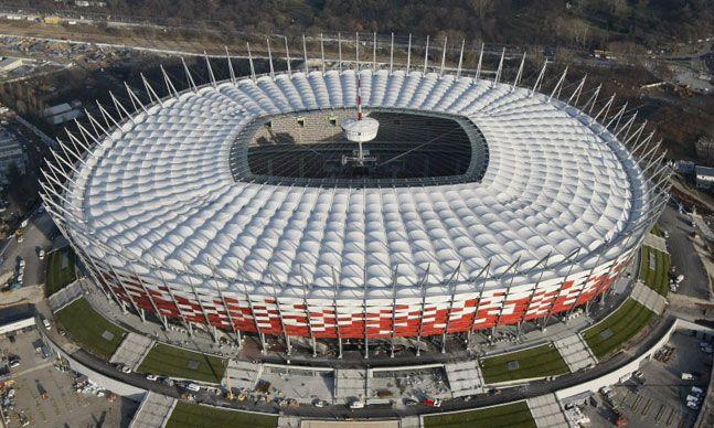 Estadio Nacional de Varsovia (50.000 espectadores) - Ingrid Irribarren.