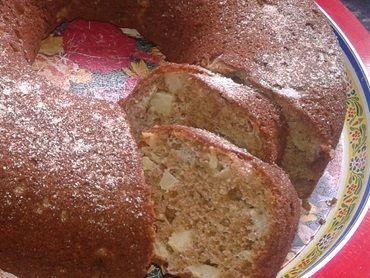 Receita de Bolo de maçã de liquidificador - o melhor do mundo - Tudogostoso