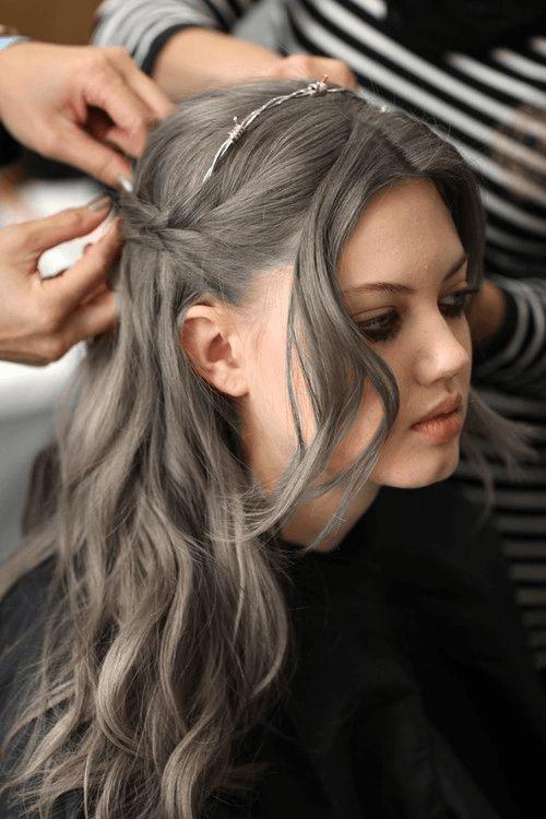 Risultati immagini per parrucchieri riflessi grigio cenere