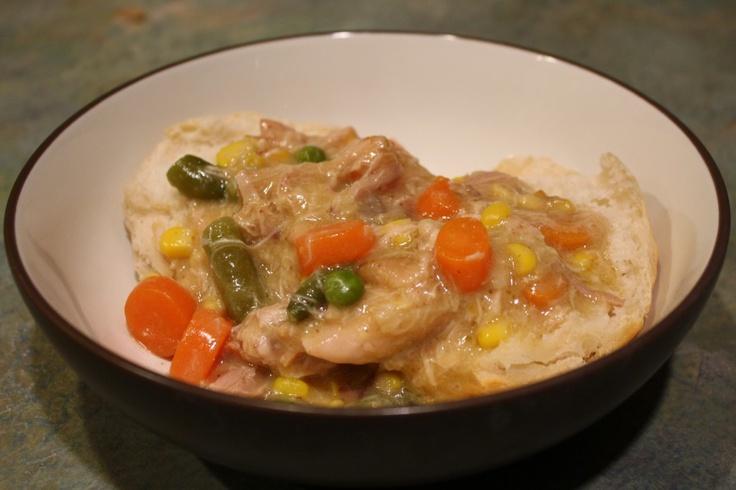 Skinny crockpot chicken pot pie.: Dinner, Crock Pot, Recipe, Slow Cooker Chicken, Chicken Pot Pies, Crockpot, Food, You, Skinny Slow