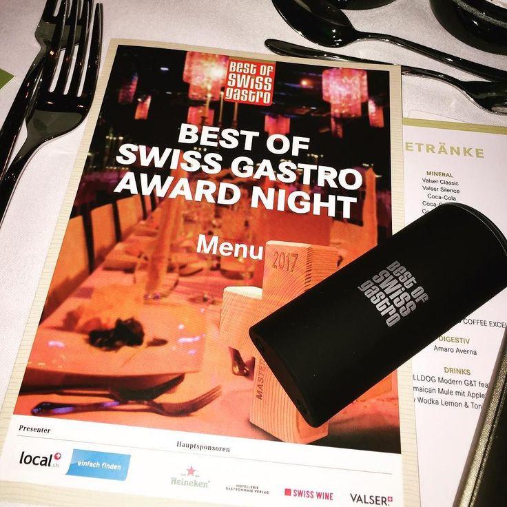 Best of Swiss Gastro Award Night 2016 mit tollen Bloggern (getagged auf dem Bild): Folgt uns via Story oder Snapchat @ localsearch #bosg16#gastro#restaurant #blogger#zurich#switzerland #party#food#instafood#localgastro#foodporn #localgastro #localina