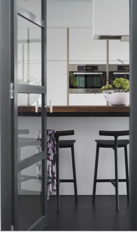 1000 idee n over barkrukken keuken op pinterest hoek provisiekast gemoderniseerde keuken en - Redo keuken houten ...