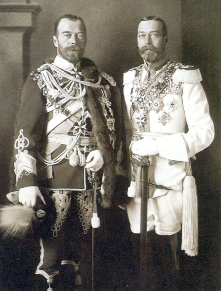 King George V of Great Britain and Tsar Nicholas II of Russia in Berlin, 1913 - Cousins who look like twins.