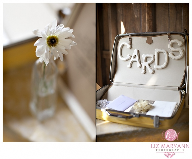 ... table ideas on Pinterest Gift table, Rustic barn weddings and Escort