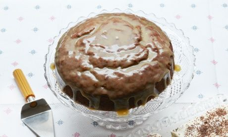 Sticky Banoffee Cake withSalted Caramel