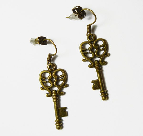 Romantic Hearts Brass Bronze Skeleton Filigree Keys Earrings by FoxliciousDesign on Etsy