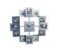 """Fotoklok Family. Een klok is mooi en handig...maar wat als deze nu is gecombineerd met een fotolijst. Op ieder """"uur"""" kan een foto worden geplaatst om zo je eigen unieke uurwerk te maken. In de klok zit een quartz uurwerkje welke werkt op 1 penlite AA batterij (niet bijgeleverd). Het frame is uitgevoerd in aluminium voor een tijdloos design. De diameter van de foto klok is 30 cm. En de frames zijn in een verspringend kader geplaatst voor een speel effect. Het ideale uurwerkje aan de muur…"""