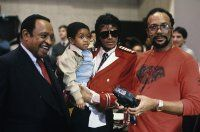 """Lionel Hampton, Emmanuel Lewis, Michael Jackson and Quincy Jones at the recording session for Frank Sinatra's album """"L.A. Is My Lady"""""""