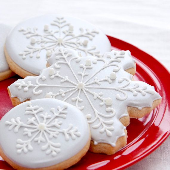 Large Silver Grey Snowflake Cookies - 1 dozen - Winter Wedding - Bridal Shower - Baptism - Silver Snowflakes