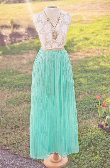 Women's Easter Dress at Cassie's Closet. www.cassiesclosetinc.com