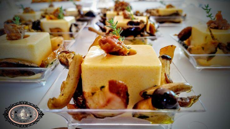 Panna cotta salata alla zucca con salsiccia e porcini