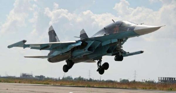 روسيا تتجاهل مجازرها وتتهم 4 سوريين بقتل أحد طياريها البارزين في إدلب Fighter Jets Fighter Aircraft