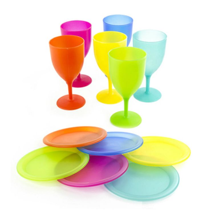 12 Piece Plastic Dinnerware Set Reusable Plates Goblets Picnic #plasticdinnerware #plates #goblets #picnicdishes