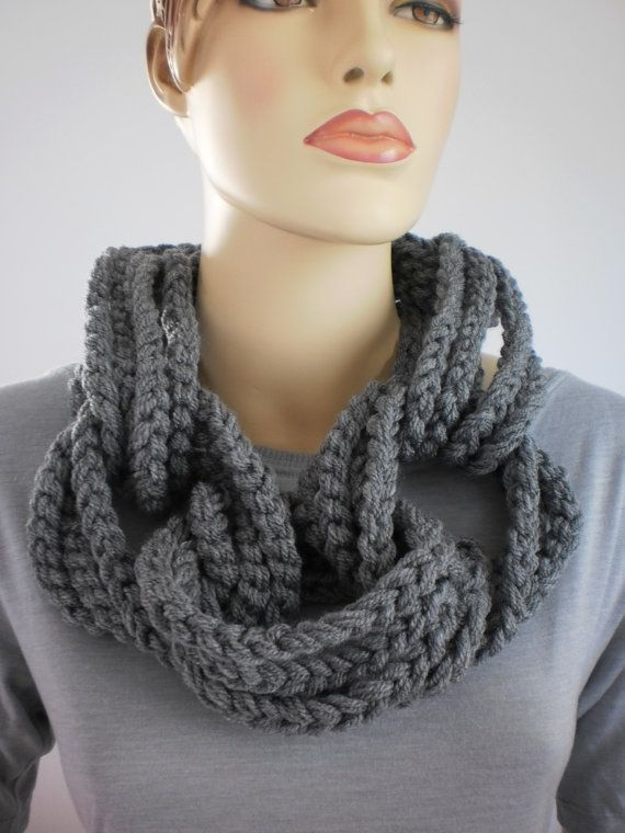 INSPIRATION ~ Large, chunky chains {Crochet Grey Loop Chain Scarf with  removable chain by levintovich, etsy}