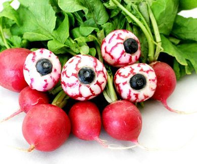 Spooky Edible Eyeballs
