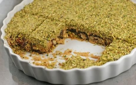 """Ranginak is a Southern Iranian desert, originally from Shiraz. It is easy to make and the results are pretty, delicious, and healthy--a quick and nutritious dessert which goes really well with a cup of nice, dark, hot tea"""