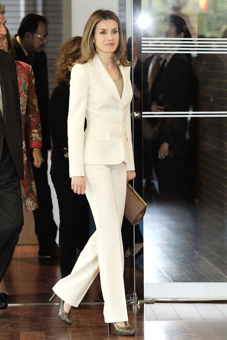 17 Best images about Ladies White Pant Suit on Pinterest | Winter ...