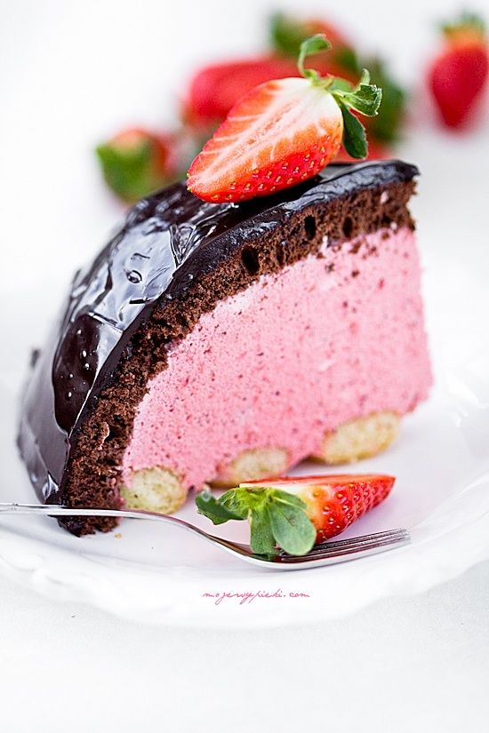 Chocolate and Strawberry Cake Recipe