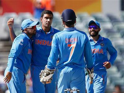Indian bowlers routed UAE for 102   http://www.apnewscorner.com/news/news_detail/details/8646/latest/Indian-bowlers-routed-UAE-for-102.html