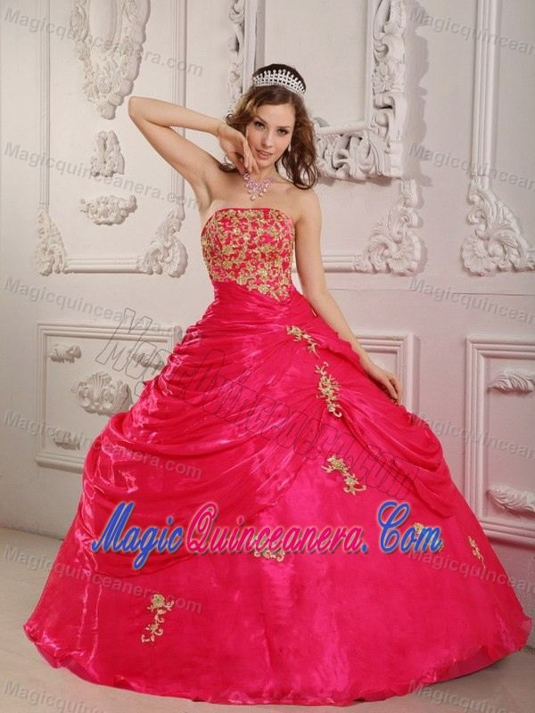 Hot Pink Ruffles Quinceanera Dresses with Appliques in Newry
