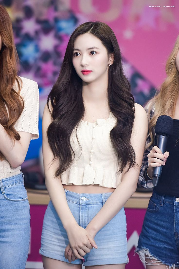 Pin By Brighttrashcan On Cherry Bullet Kpop Girls Cosmic Girls Idol