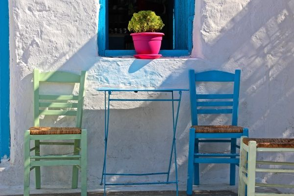 Bright morning in Chora