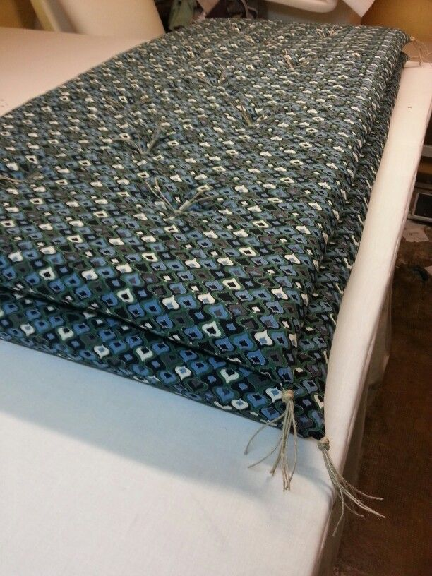 les 89 meilleures images du tableau mes creations tapissier marseille objets d co sur. Black Bedroom Furniture Sets. Home Design Ideas