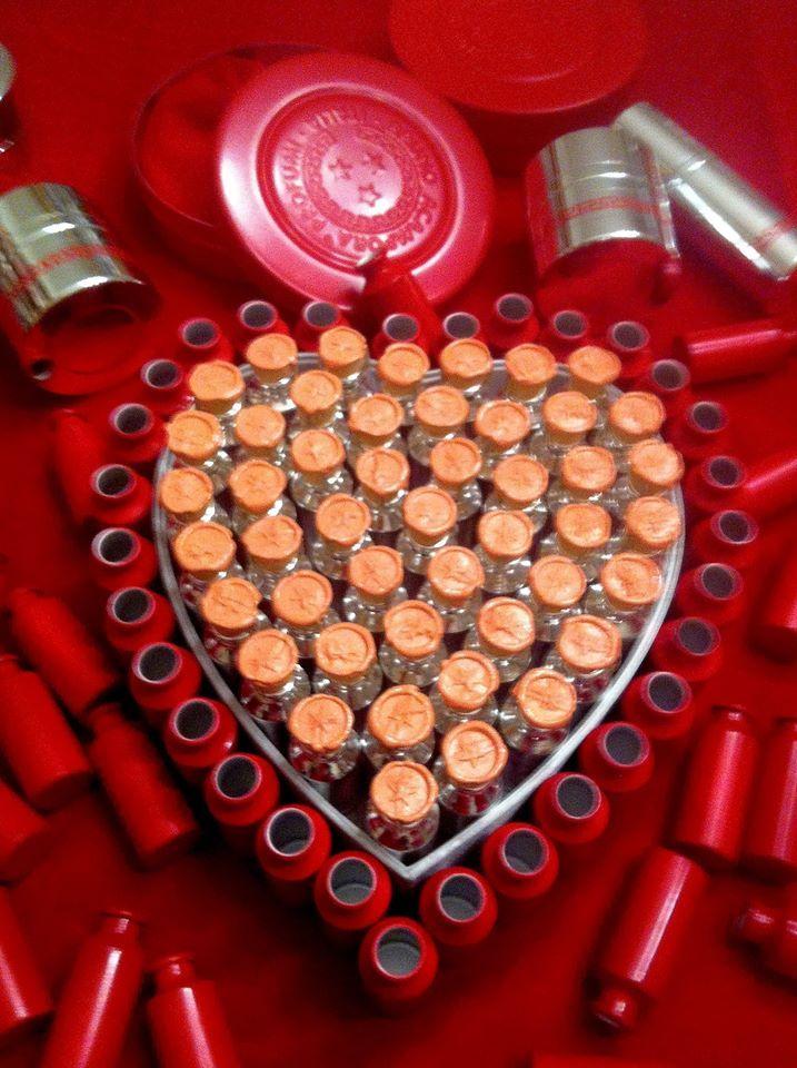 Essenza Musc San valentino #sanvalentino essence #redpassion #love #valentinesday #brunoacamporaprofumi