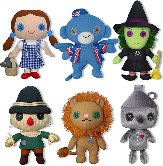Wizard of Oz Plush Toys. Somehow, it reminds of Coraline. Button eyes.