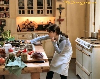 17 best images about holly marie combs on pinterest for The charmed kitchen