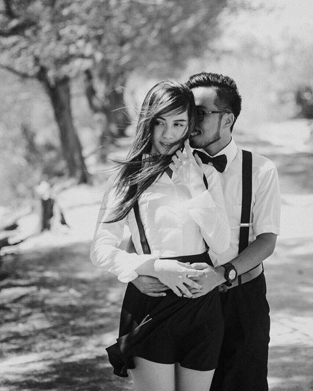 """We keep this love in a photograph, we made these memories for ourselves 💕 -EdSheeran- .  RICKYMOTRET  085236609990 .  #wedding #weddingphotography  #preweddingjogja #banyuwangi  #surabayawedding #malang #bali #preweddingjember #tradisional #MUA #kebaya #pengantin #folkwedding  #weddingstory #weddingku #weddingdress #surabaya #jakarta #jogjakarta #folklife #makeup #weddingday #preweddingbandung #inspirasiwedding #weddinginspiration"" by @rickymotret. #eventplanner #weddingdesign #невеста…"