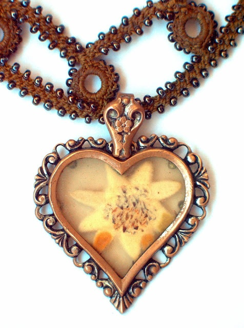 Schmuck Anhänger Edelweiss: Edelweiss Flor, Heart Y B, Alpin Style, Heart Heart, Corazón Heart Heart, Edelweiss Adventure, Jewelry Jewelry Jewelry, Anhänger Edelweiss, Schmuck Anhänger