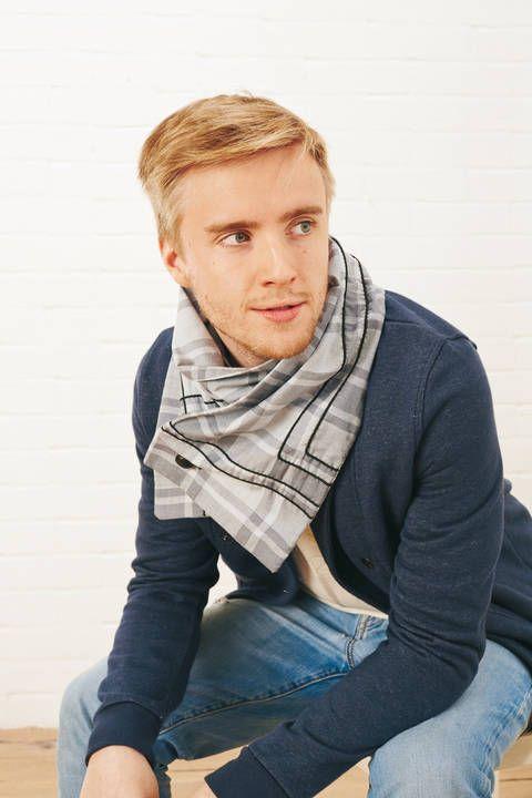 Karierter Schal mit Knopf bei Makerist